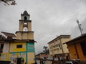 La torre antigua de la iglesia de Panao