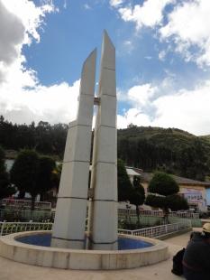 Huacaybamba Plaza de armas b